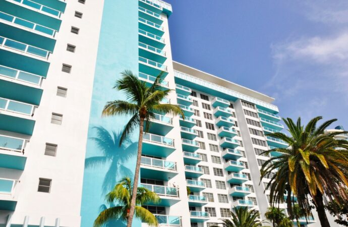 Condotel Financing-Commercial Real Estate Loan Pros of West Palm Beach